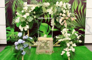 dekor-fotozony-na-8-marta-tropicheskie-kacheli